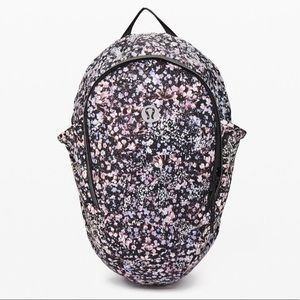 NWT Lululemon Fast and Free Backpack